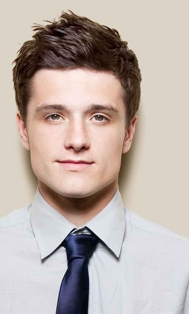 Josh Hutcherson--of The Hunger Games and The Kids Are Alright--To Receive GLAAD Vanguard Award