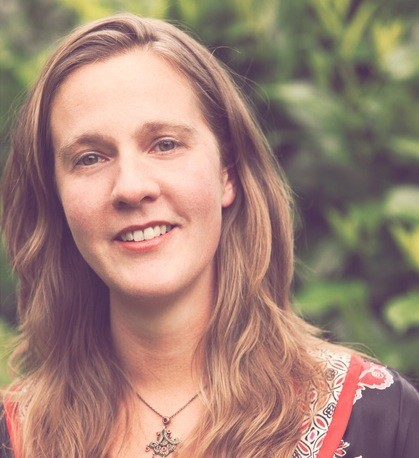 Spiritual Teacher Emily Carson Holds Public Talk This Sunday