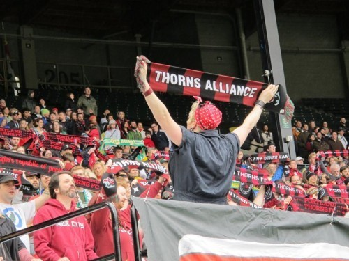 Portland Thorns and Crowd Drown Out Seattle Reign