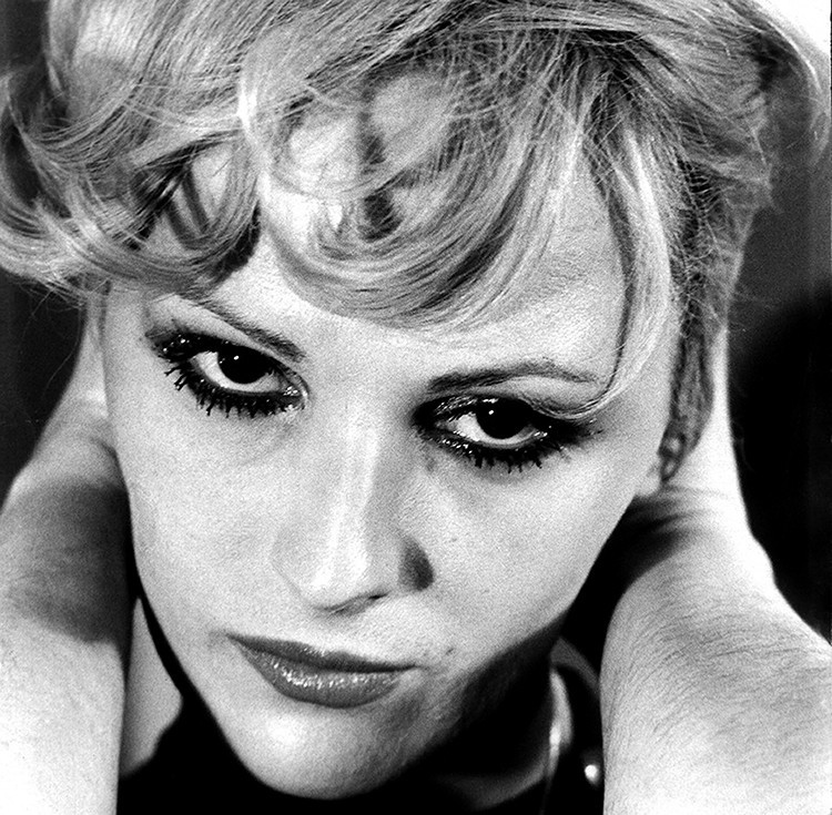 Candy Darling: First Transwoman on the Moon